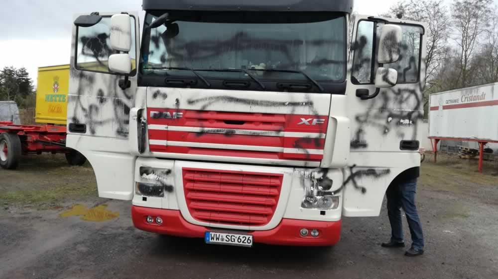 Aussenaufbereitung_Koblenzer-Aufbereitungsservice_LKW Reinigung